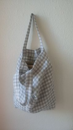 Unique piece Multifunctional: shopping bag, Tote, accompanies you for your market shopping. Color: beige/string Plaid Size: Height: 40 cm, 44 cm flat to dry. Japanese Bag, Boho Bags, Linen Bag, Diy Sewing Projects, Cute Bags, Handmade Bags, Bag Making, Sunlight, In This World