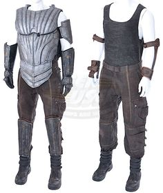 Chronicles of Riddick, The / Riddick's Costume & Accessories (Vin Diesel)