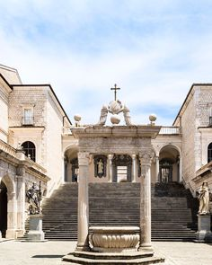"""Do you have a list titled """"the places to visit in Italy""""? Then you have to add this abbey not too far from Rome is one of those places that have to be absolutely part of it. A fabulous harmonious geometric candid white cloak nestled in a green valley where tranquility reigns."""