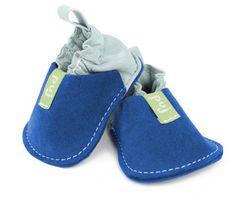 Estos zapaticos son lo mejor (después de andar descalzos) para empezar a caminar.