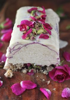 """Coconut Rose Semifreddo ~ Aenne adds"""" I am on the hunt for this recipe! Coconut and rose ~ must be delectable! Frozen Desserts, Frozen Treats, Just Desserts, Delicious Desserts, Dessert Recipes, Yummy Food, Flower Food, Edible Flowers, Let Them Eat Cake"""