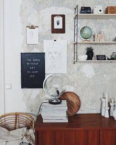 """Den Stil ihrer Hauptstadtwohnung beschreibt die 31-jährige Claudi aka @doitbutdoitnow selbst als Berliner Vintage Flair. Die freie Fotografin und Interior-Stylistin liebt es, alten Möbeln neues Leben einzuhauchen und antike Stücke umzufunktionieren. Heute erzählt uns Claudi von ihrer Liebe zu Vintage, von ihren Lieblingsorten und welche Rolle Kaffee dabei spielt. //<![CDATA[ window.__mirage2 = {petok:""""af11111f54c02a7f80c9599f11e43944e7849b73-1523770448-1800""""}; &#x..."""