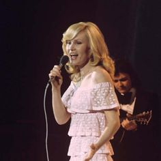 : La minute sur l'Eurovision Eurovision, Rex, France Gall, Luxembourg, Place, Stars, People, Famous Singers, Female Singers