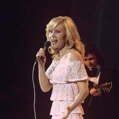 Michèle Torr - 10ème place de l'Eurovision en 1966 (Luxembourg) - Photo Derek Cattani/REX