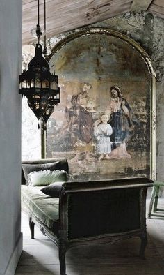 Acquired Objects: A quiet moment.Decorating with Religious Artwork. This so old world beautiful work Wabi Sabi, Beautiful Interiors, Beautiful Homes, House Beautiful, Beautiful Wall, Beautiful Space, Interior And Exterior, Interior Design, Country Decor