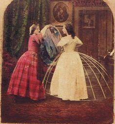 Dressing/toilette scene (UK probably) / British (?) Stereoview (by J.), ca (José Calvelo Collection. 1800s Fashion, 19th Century Fashion, Victorian Fashion, Vintage Fashion, Victorian Life, Victorian Photos, Historical Costume, Historical Photos, Historical Clothing