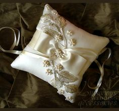 Luxurious Wedding Accessories — Creme de la Creme Leaf Ring Pillow