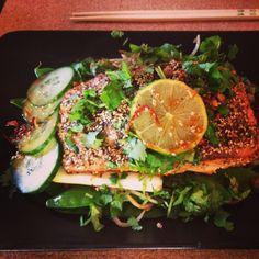 Green Asian style Salmon green tea recipe! http://carrotforyou.wordpress.com/dinner-time