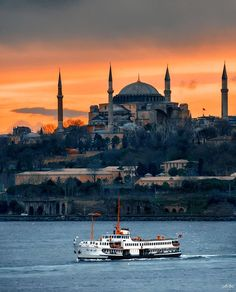 sümer tabletleri – 2020 World Travel Populler Travel Country Istanbul City, Istanbul Travel, Beautiful Places In The World, Wonderful Places, Visit Turkey, Beautiful Mosques, Hagia Sophia, Destination Voyage, All Nature