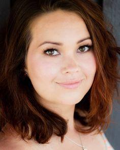"""29 tykkäystä, 5 kommenttia - Caroline Mellenius (@carolinemellenius_makeup) Instagramissa: """"Ihanaa oli pitkästä aikaa päästä tekemään meikkiä ja ottamaan kuvia portfolioon! 🥰🥰 Mallina kaunis…"""" Instagram"""