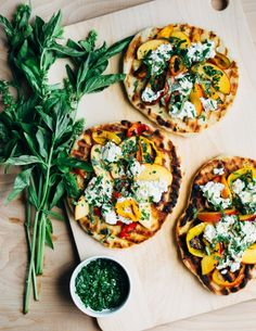roasted pepper, nectarine and ricotta grilled pizzas // brooklyn supper