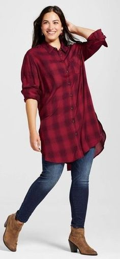 2017 Fashion trends! Your Curves, Your Style Dia&Co picks out fashion for you & delivers to your door. Sizes 14&up. Plus sized fashion picked just for you. #Dia&Co #Sponsored red buffalo plaid tunic button up, skinny jeans, booties