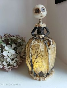 EHAG Emporium Stacey Walsh The Goode Wife of Washington County Paperclay Skeleton lady Art Doll Halloween Artwork, Halloween Doll, Halloween Images, Doll Crafts, Diy Doll, Sheet Ghost, Clay Jar, Making Dolls, Washington County