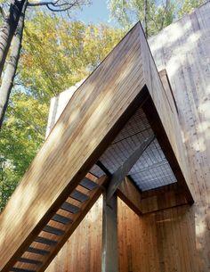 Tree house / Sander Architects