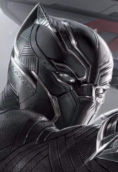 Detailed look at Black Panther's cinematic mask!