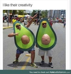 Happy Halloween to all! Bring on the Halloween Memes! Memes Humor, Funny Memes, Funny Gifs, Funny Quotes, Avocado Costume, Halloween Disfraces, Halloween Kostüm, Homemade Halloween Costumes, Hilarious Stuff