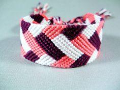 Bracelet d'amitié tresse rose, blanc et prune