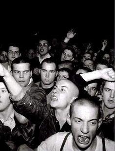 Nick Knight Taken from SKinhead Nick Knight's exploration of the early London skinhead culture. by moritzgrub Mode Skinhead, Skinhead Fashion, Skinhead Style, Street Photography, Fashion Photography, Skin Head, Punks Not Dead, London College Of Fashion, London Fashion