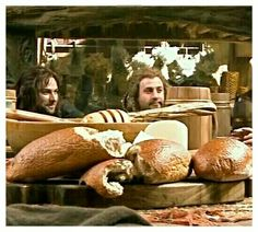 Kili and Fili - with what looks like the hugest loaf of French bread ever. At Beorn's house? The Hobbit Movies, O Hobbit, Hobbit Hole, Legolas And Thranduil, Tauriel, Fili Und Kili, Midle Earth, Concerning Hobbits, Desolation Of Smaug