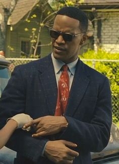 Jamie Foxx as Ray Charles,in Ray Famous Portraits, Ray Charles, Period Costumes, He Is Able, Best Actor, Cinema, Sport Coat, Two By Two, Singer