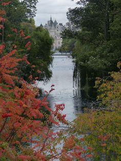 Saint James Park, London | England (by Iridescentmind;)