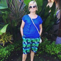 Look how cool these Vlisco wax hollandais print shorts are! Freaking Amazing @shazmar58! fabric available from www.bravefabrics.com #bravefabrics #vlisco #africanwaxprint #waxprint #waxhollandais #printfabric #sewing #shorts by brave_fabrics Sewing Shorts, Print Shorts, Brave, Printing On Fabric, Fabrics, Cool Stuff, Amazing, Instagram Posts, Tejidos