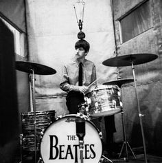 Cigarettes&Magazines.: Dezo Hoffmann and The Beatles.