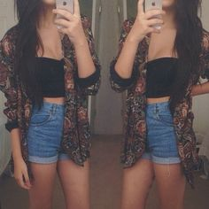 High waisted shorts, crop top, kimono cardigan