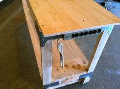 How To Make A General-purpose Workbench Tutorial From One Project Closer About The Art Of Manliness Woodworking Workbench, Woodworking Crafts, Woodworking Shop, Industrial Workbench, Woodworking Equipment, Youtube Woodworking, Woodworking Basics, Woodworking Magazine, Woodworking Workshop