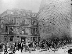 Henri Giffard's balloon being prepared for ascent, Tuileries, Paris, 1878