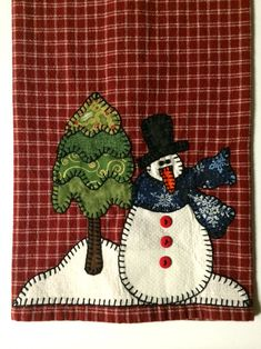 Christmas Mug Rugs, Christmas Kitchen Towels, Christmas Tea, Christmas Snowman, Christmas Crafts, Christmas Decorations, Christmas Sewing Projects, Christmas Quilt Patterns, Christmas Applique