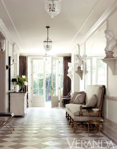 Entry area, absolutely stunning floor tiles