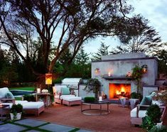 The Most Amazing Outdoor Kitchens// outdoor fireplace, lounge
