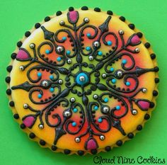 Mandala Cookie (the female of the pair) | Cookie Connection