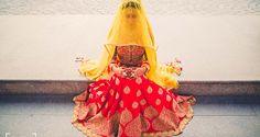 Go for such light weight lehengas in the monsoon wedding.  #IndianWedding #MonsoonWedding #Fashiontips #Wedding #Outfit #Bride #AvoidHeavyFabrics #TheWedKnock