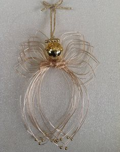 Diy Angels, Beaded Angels, Handmade Angels, Christmas Angel Crafts, Christmas Sewing Projects, Christmas Spider, Xmas, Wire Ornaments, Angel Decor
