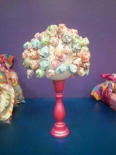 Lollipop bouquet :) for the kids candy bar