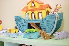 Review: Le Toy Van Noah's Great Ark play set