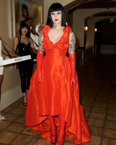 "Kat Von D World (@katvondworld) ""Beauty has a name... And it is Kat Von D You were glowing tonight ♥ @thekatvond #katvond"""