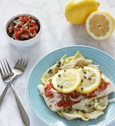 Pin for Later: Hang On to Those Summer Vibes With These Healthy Fish Recipes Mediterranean Baked Halibut Halibut Recipes, Seafood Recipes, Chicken Recipes, Seafood Dishes, Easy Fish Recipes, Paleo Recipes, Greek Spices, Meals Under 500 Calories, Lamb Burgers