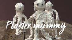 Make absolutely adorable mummies for Halloween. They're easy to make for both kids and grown ups. How To Make Plaster, Diy Plaster, Adornos Halloween, Halloween Diy, Lion Sculpture, Make It Yourself, Googly Eyes, Fun, Youtube