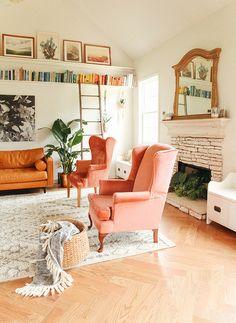 pink velvet chairs,