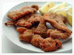 Braciole d'abbacchio fritte Onion Rings, Almond, Ethnic Recipes, Food, Meal, Eten, Almond Joy, Meals, Almonds