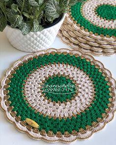 Crochet Quilt, Crochet Doilies, Crochet Stitches, Crochet Top, Doily Patterns, Crochet Patterns, Holiday Crochet, Soft Furnishings, Quilts