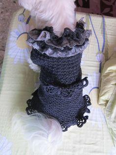 Ruffle dress. Ruffle Dress, Crochet Necklace, The Past, How To Make, Dresses, Fashion, Vestidos, Moda, Fashion Styles