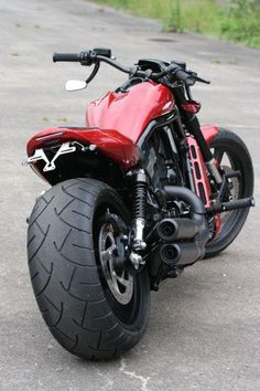 "Racing Cafè: Harley V-Rod ""RedRod"" by Thunderbike"