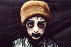 LEIGH BOWERY PHOTO SHOOT by lee wallwork, via Behance Drag Makeup, Hair Makeup, Leigh Bowery, Cultural Significance, Queer Art, Club Kids, Club Style, Post Punk, Crazy People