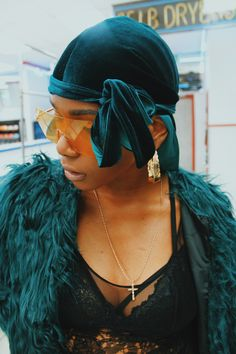 blackfashion: Need velvet durags? Oji Royale has got you My Hairstyle, Scarf Hairstyles, Girl Hairstyles, Black Girl Magic, Black Girls, Black Women, Look Hip Hop, Hair Afro, Sunglasses For Your Face Shape