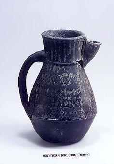 Kande, Birka  Frisian jug decorated with applied tin foil. Viking