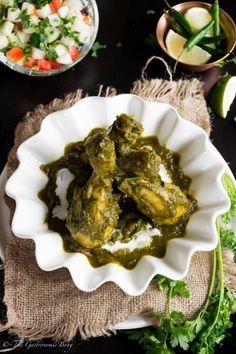 Chicken Spinach Curry - Murg Saagwala | The Gastronomic BONG